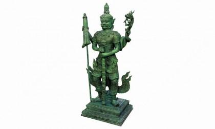 ท้าวเวสสุวรรณตรีพระเพลา รุ่นรวย เฮง สยบ มหาอุทกภัย เคลือบ พาทิน่า สีเขียวมรกต. สนามพระ ไทยรัฐ