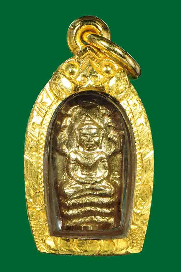 พระเครื่อง  พระปรกใบมะขามหลวงปูทิม เนื้อทองคำ พร้อมเลี่ยมทอง